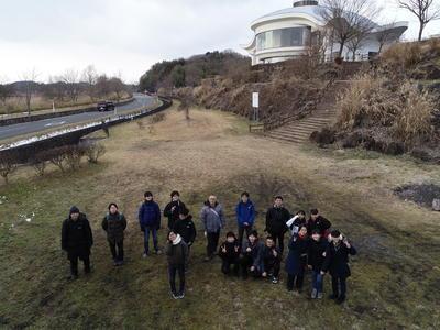 滝川高校の生徒と一緒に(ドローンで撮影)